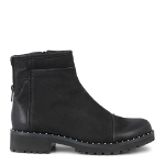 Strike boot w. zipper on inside and back